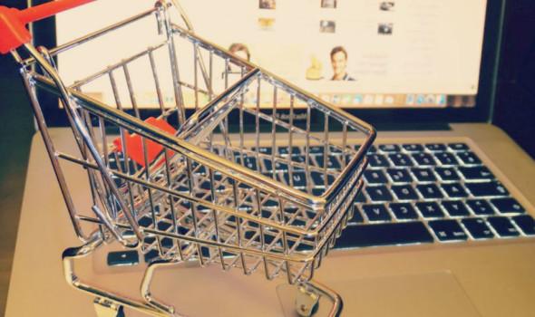 Pourquoi acheter dans des boutiques de mode en ligne ?